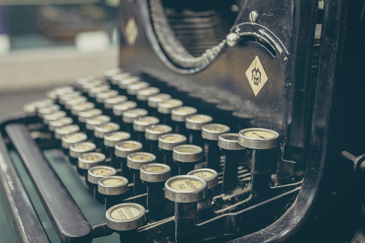 Typewriter: Old-Style Blogging